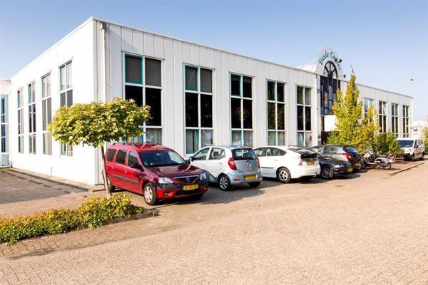 Grote foto gunstig gelegen kantorenpand bestaande uit 2 verdiepingen op huizen en kamers bedrijfspanden