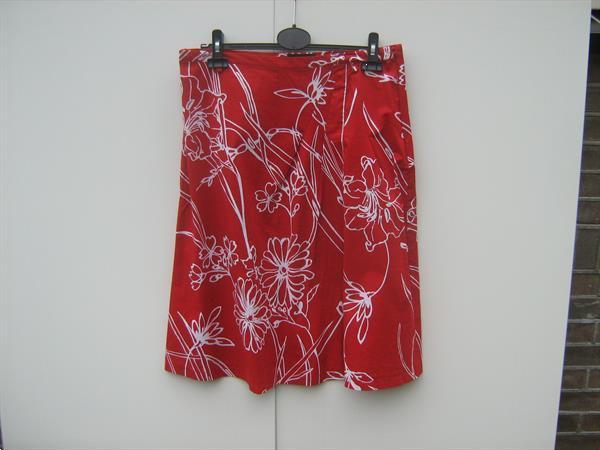 Grote foto restanten vlooienmarkt kleding. kleding dames jurken en rokken