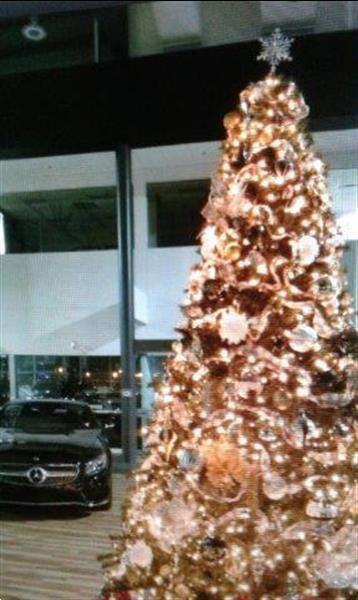 Grote foto huur kerstboom met versiering bij u geleverd diversen sinterklaas