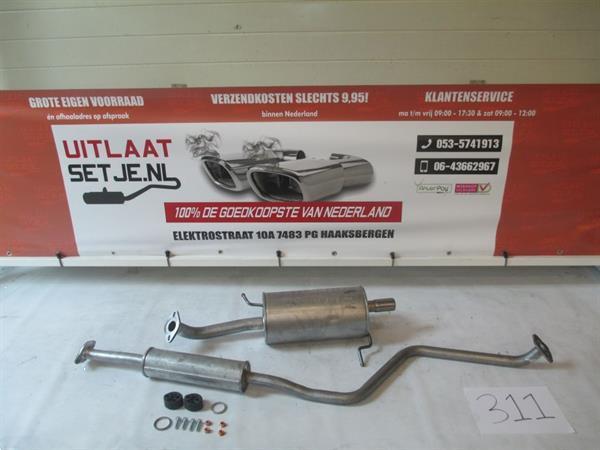 Grote foto complete uitlaat mazda 323f 1.5i bj 05 1998 2003 auto onderdelen overige auto onderdelen