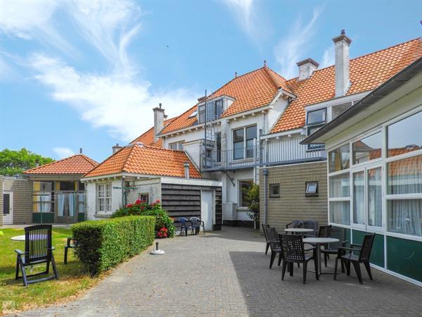 Grote foto 18 persoons groepsaccommodatie 1 aan zee te huur in westkape vakantie nederland zuid
