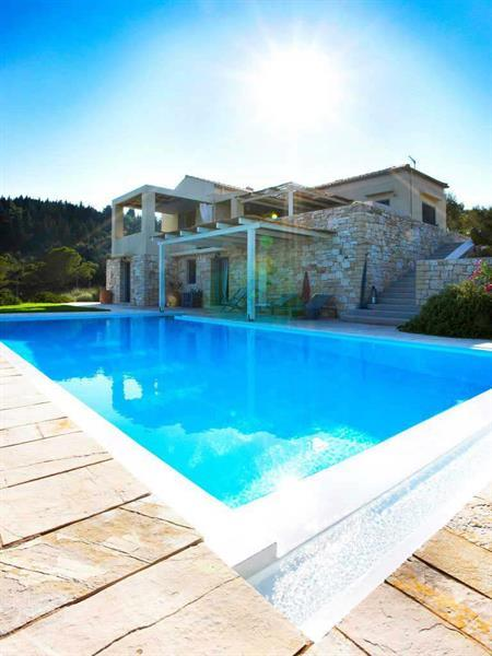 Grote foto feel tranquil at beautiful greek villas in paxos vakantie griekenland
