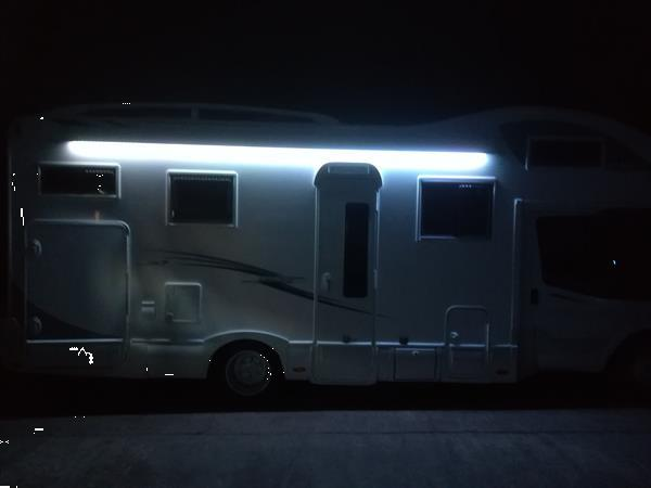 Grote foto camper verhuur gezins camper huren airco luifel caravans en kamperen campers