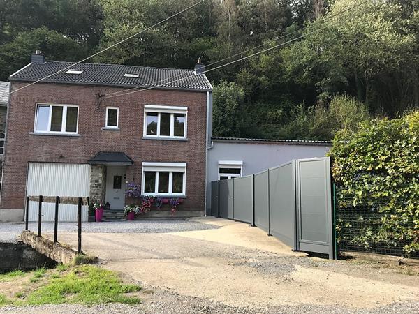 Grote foto pracht huis met opslagplaats te baelen huizen en kamers twee onder een kap