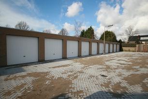 Grote foto te huur garage garagebox huren hoofddorp centrum bedrijfspanden garageboxen te huur