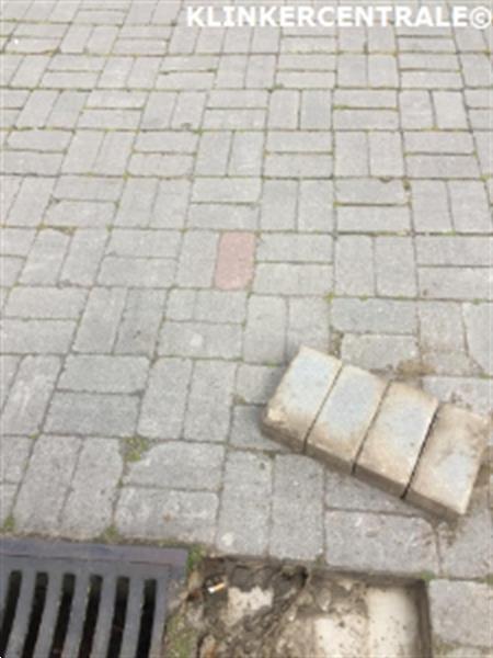 Grote foto 19120 rooikorting 720m2 grijs betonklinkers straatstenen geb tuin en terras tegels en terrasdelen
