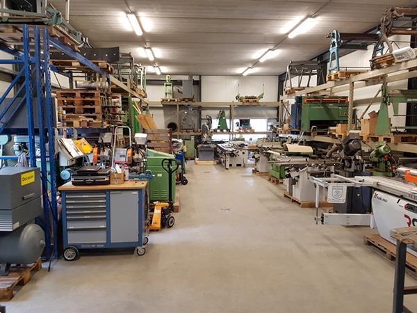 Grote foto jorg zinktafel met schaar 1020x1mm meerdere schappen doe het zelf en verbouw gereedschappen en machines