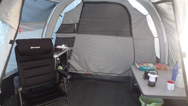 Grote foto te koop 4 persoons oppomptent caravans en kamperen tenten