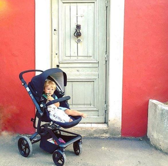 Grote foto spider de ideale all terrain wagen blauw zwart frame kinderen en baby kinderwagens