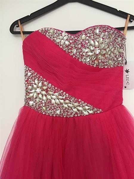 Grote foto opruiming donkerroze prinsessenjurk mt 32 t m 40 kleding dames trouwkleding