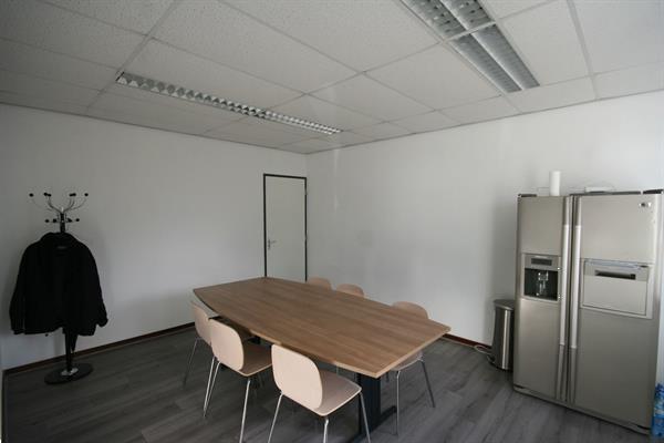 Grote foto te huur bedrijfsruimte anthonetta kuijlstraat 48 rotterdam huizen en kamers bedrijfspanden