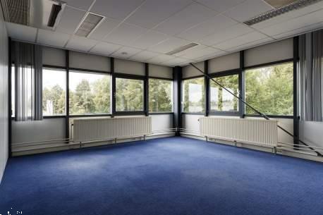 Grote foto per direct beschikbaar zeer nette zelfstandige kantoorruimt huizen en kamers bedrijfspanden