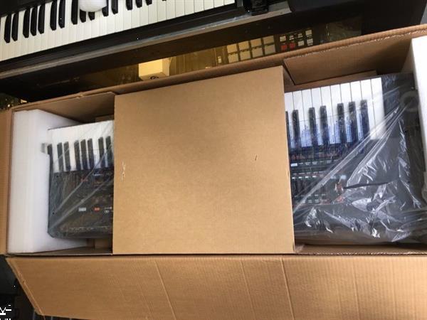 Grote foto selling yamaha tyros 5 1500us muziek en instrumenten keyboards