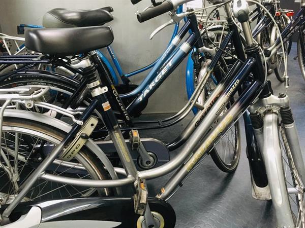 Grote foto 2dehands fietsen bij wheels tweewielers acties fietsen en brommers damesfietsen