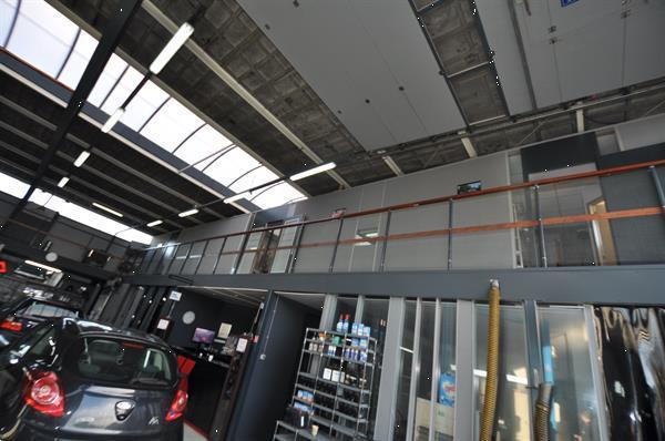 Grote foto autobedrijf te koop ter overname in rotterdam. bedrijfspanden werkplekken te koop