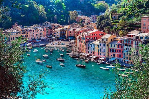 Grote foto stacaravan toscane aan zee op familie camping vakantie italie