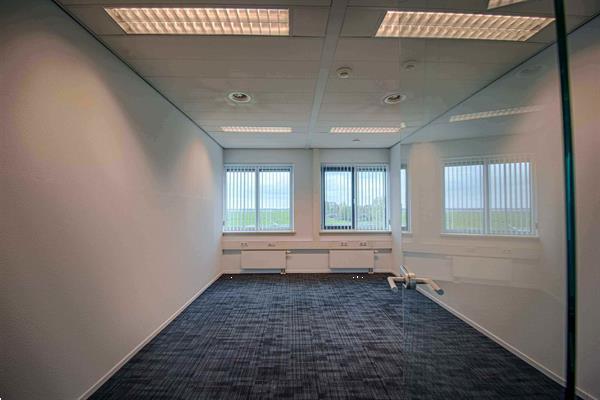 Grote foto te huur kantoorruimte tolnasingel 1 bodegraven huizen en kamers bedrijfspanden