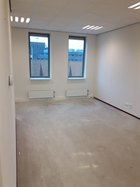 Grote foto te huur kantoorruimte beurtschipperstraat 90 hoogvliet huizen en kamers bedrijfspanden