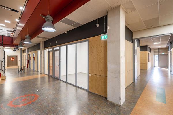 Grote foto te huur kantoorruimte proostwetering 41 utrecht huizen en kamers bedrijfspanden