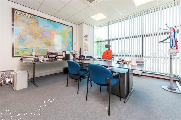 Grote foto te huur kantoorruimte gieterijstraat 94 ridderkerk huizen en kamers bedrijfspanden