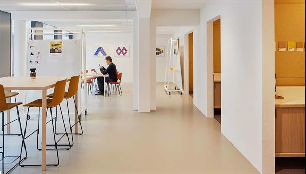 Grote foto te huur werkplek mr treublaan 7 amstedam huizen en kamers bedrijfspanden