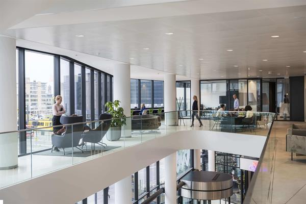 Grote foto te huur kantoorruimte stadsplateau 2 utrecht huizen en kamers bedrijfspanden