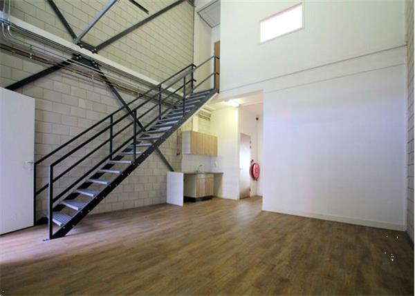 Grote foto te huur bedrijfsruimte ebweg 1k barendrecht huizen en kamers bedrijfspanden