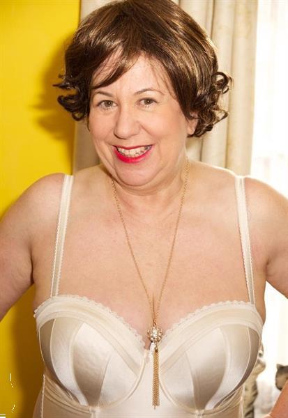 Grote foto oudere vrouw 65 zoekt een geile man erotiek vrouw zoekt mannelijke sekspartner