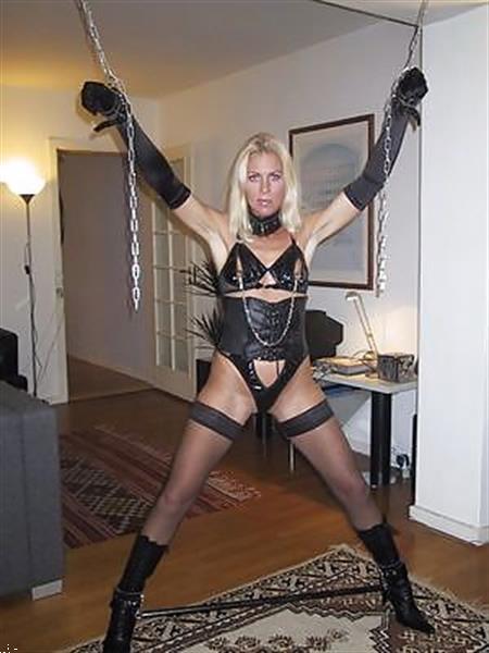 Grote foto ervaren slavin lust object erotiek sm contact