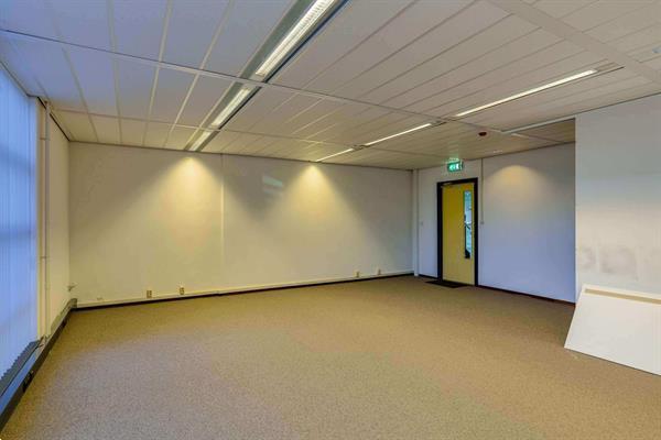 Grote foto te huur kantoorruimte plesmanstraat 62 veenendaal huizen en kamers bedrijfspanden
