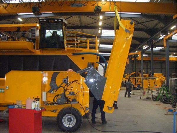Grote foto menart h 121 d diesel aangedreven doe het zelf en verbouw afvalverwerking