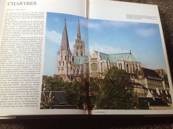Grote foto kathedralen mooie illustraties prachtige foto boeken geschiedenis vaderland