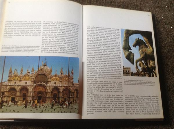 Grote foto boek van kathedralen prachtige kerken gebouwen boeken religie