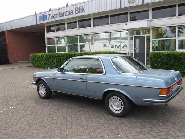 Grote foto mercedes 230 c coupe 1978 in nette staat auto mercedes