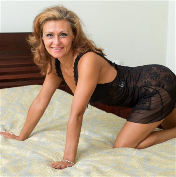 Grote foto staat jouw hart open om mijn liefde te ontvangen erotiek vrouw zoekt relatie met man