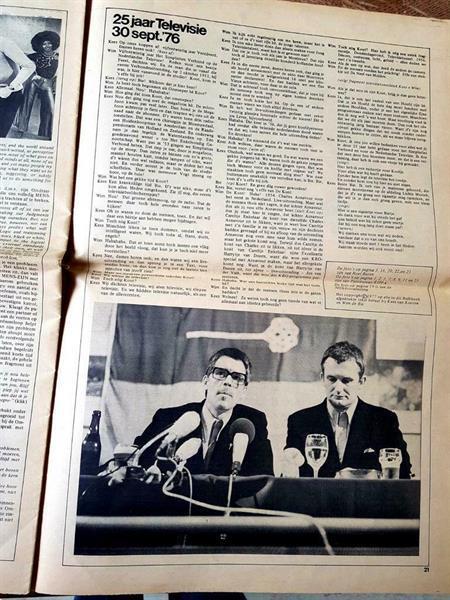 Grote foto bulkboek in krantvorm over koot en bie verzamelen tijdschriften en kranten