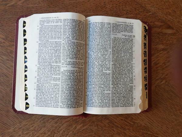 Grote foto liliputbijbel nieuwe vertaling boeken religie