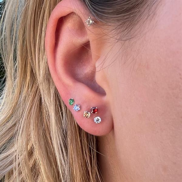 Grote foto zilveren mini oorstekers 3 mm witte zirkoon sieraden tassen en uiterlijk oorbellen
