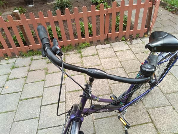 Grote foto damesfiets fietsen en brommers damesfietsen