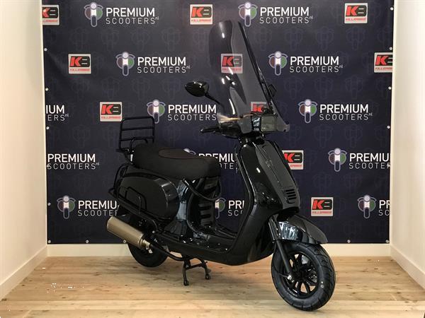 Grote foto premium scooters vxl sport glans zwart limited fietsen en brommers snorfietsen en snorscooters