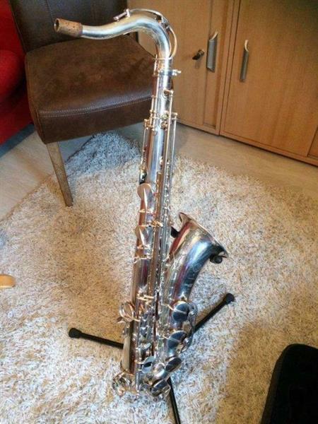 Grote foto te koop saxofoons serie iii muziek en instrumenten saxofoons
