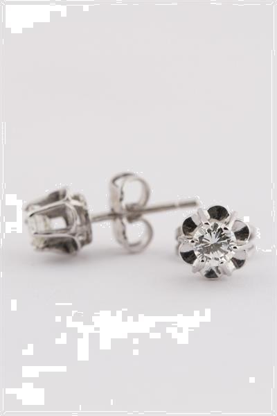 Grote foto wit gouden solitair oorknoppen met briljant sieraden tassen en uiterlijk oorbellen