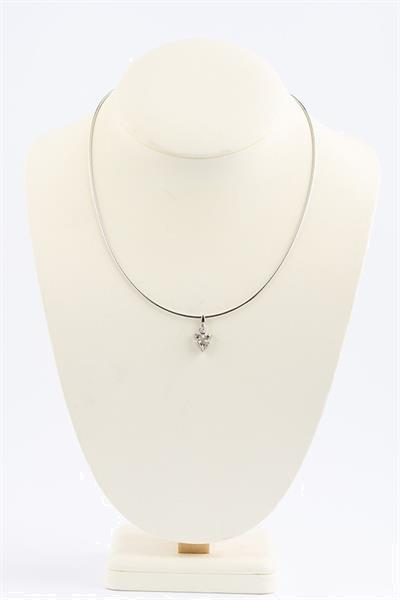 Grote foto wit gouden hanger met briljanten sieraden tassen en uiterlijk kettingen