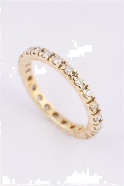Grote foto gouden alliance ring met 23 briljanten sieraden tassen en uiterlijk ringen voor haar