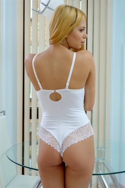 Grote foto witte body met wit kant cup 70b kleding dames ondergoed