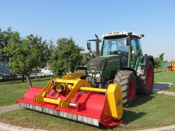 Grote foto ino profi mega 270 met wielen klepelmaaier tuin en terras grasmaaiers