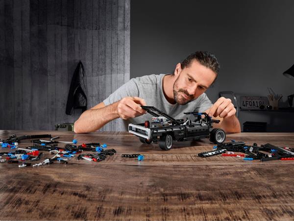 Grote foto lego technic 42111 dom s dodge charger kinderen en baby duplo en lego
