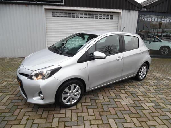 Grote foto toyota yaris 1.5 full hybrid 5drs dynamic automaat auto toyota