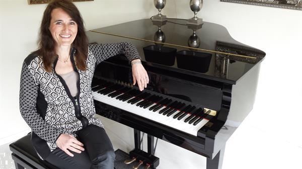 Grote foto pianoles en keyboardles in alphen aan den rijn muziek en instrumenten keyboard en pianoles