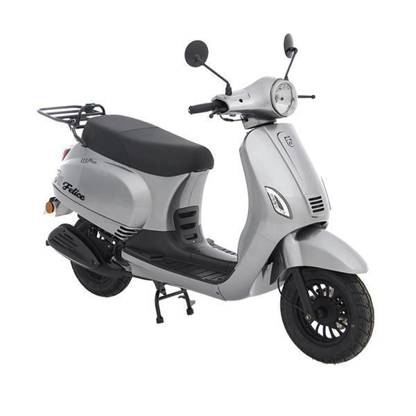 Grote foto btc riva e5 zilver bij central scooters kopen 1598 00 o fietsen en brommers scooters